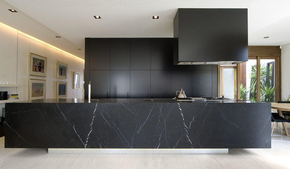 آشنایی با سنگ مرمریت مشکی|black marble