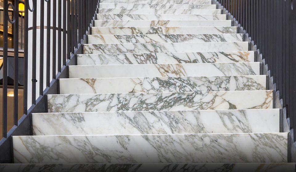 بهترین سنگ پله قیمت مناسب برای راه پله Familiarity with staircases